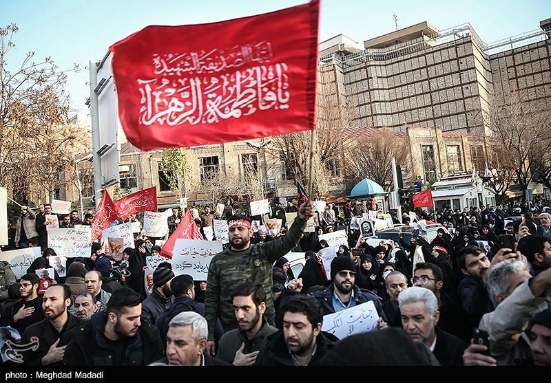 اعتراض دانشجویان مشهدی به اقدامات مداخلهجویانه سفیر انگلیس در ایران