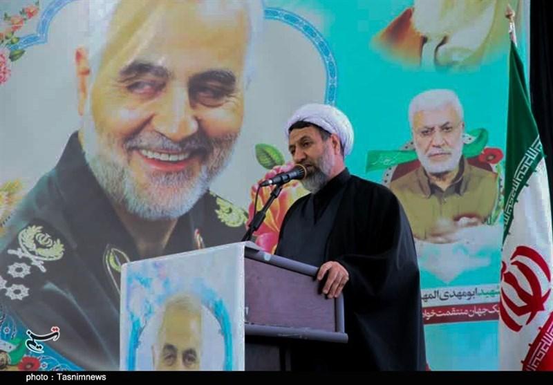 امام جمعه کرمان: بیانیه گام دوم انقلاب حیاتیترین رسالت نسل امروز کشور است