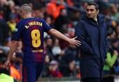 اینیستا: وضعیت بارسلونا کمی زشت شده است/ باید برای والورده احترام قائل بود