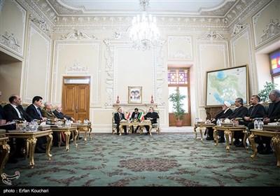 لاريجاني يستقبل رئيس الوزراء السوري