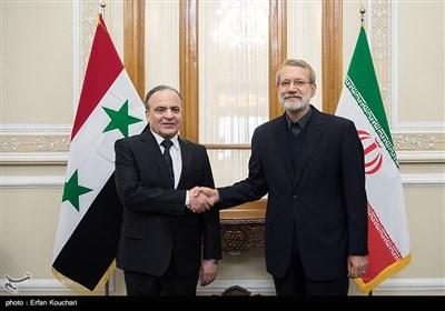 علی لاریجانی رئیس مجلس شورای اسلامی و عماد خمیس نخست وزیر سوریه