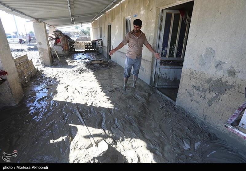 تازهترین اخبار از سیلاب سیستان و بلوچستان| تخریب 2 هزار واحد مسکونی در سیلاب / آب در برخی مناطق فروکش کرد / امدادرسانی هوایی آغاز شد + فیلم