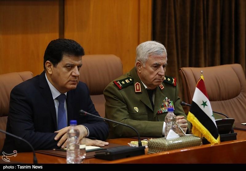 استقبال رسمی از وزیر دفاع سوریه توسط وزیر دفاع ایران