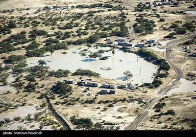 انتقاد مردم از روند کند امدادرسانی به سیل زدگان سیستان بلوچستان