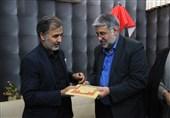 رئیس کل دادگستری استان یزد از خانواده شهید یزدی سانحه سقوط هواپیمای اوکراینی دلجویی کرد 