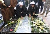 ادای احترام تولیت آستان قدس رضوی به مقام شهید سلیمانی + فیلم و عکس