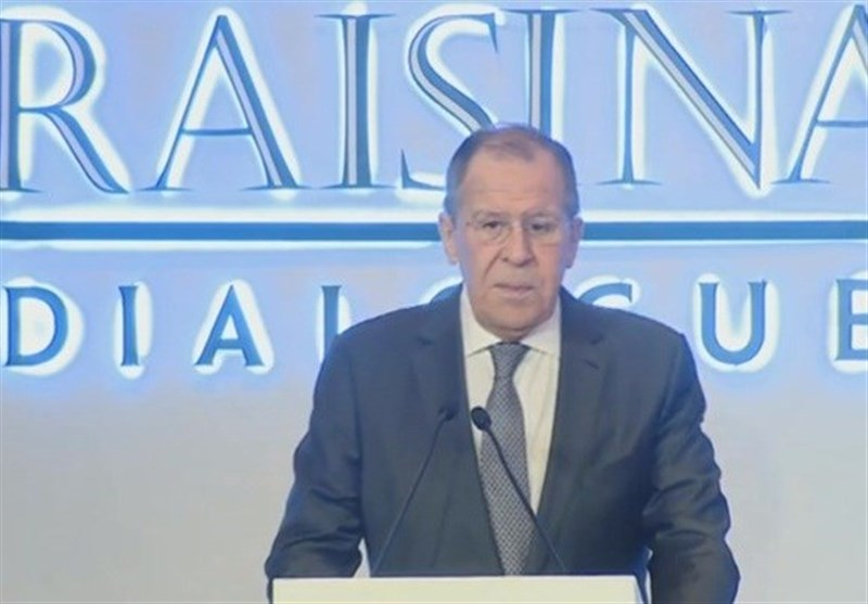 لاوروف: پیشنهاد روسیه برای تامین امنیت جمعی در خلیج فارس هنوز روی میز است
