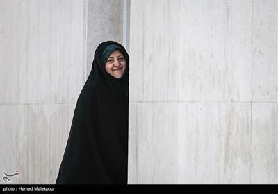 معصومه ابتکار معاون امور زنان و خانواده رئیس جمهور در حاشیه جلسه هیئت دولت
