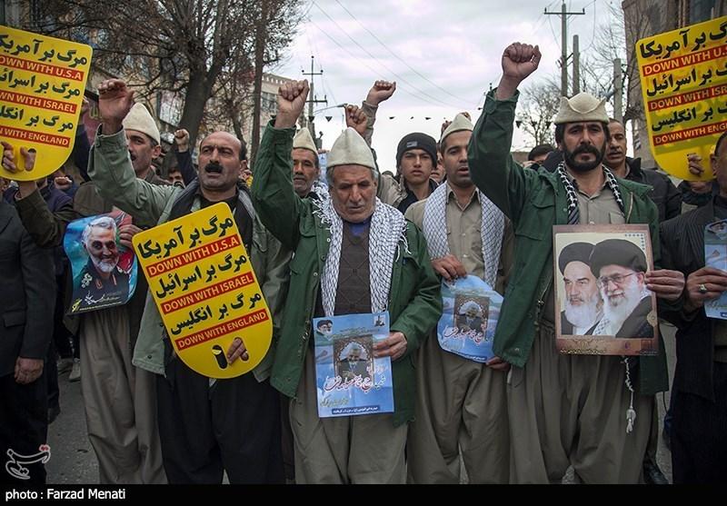 مسيرات حاشدة في المدن الايرانية دعماً للقيادة وحرس الثورة الاسلامية