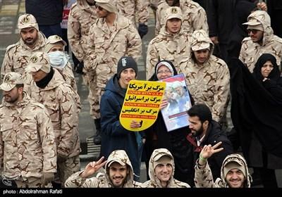 راهپیمایی حمایت از اقتدار نظام در همدان