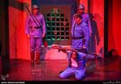 پلاتو تئاتر قشم از شاخصههای لازم برخوردار است