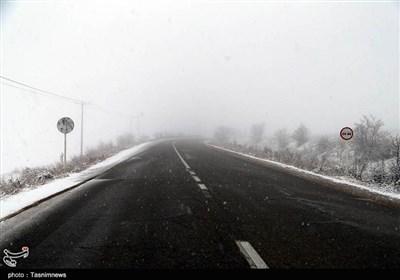 بارش برف و کولاک در محورهای مواصلاتی ماکو، پیرانشهر، شوط، تکاب، چالدران، مهاباد و سردشت