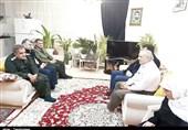 فرمانده سپاه کردستان با خانواده شهدا و جانبازان بمباران 28 دی سنندج دیدار کرد+تصاویر