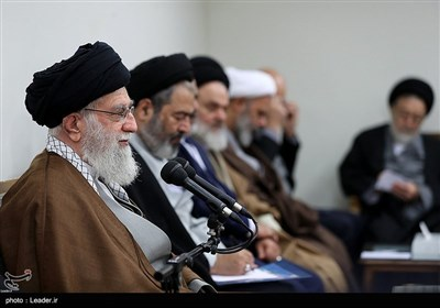 Leader Urges Using Hajj as Opportunity to Promote Iran's Religious Democracy