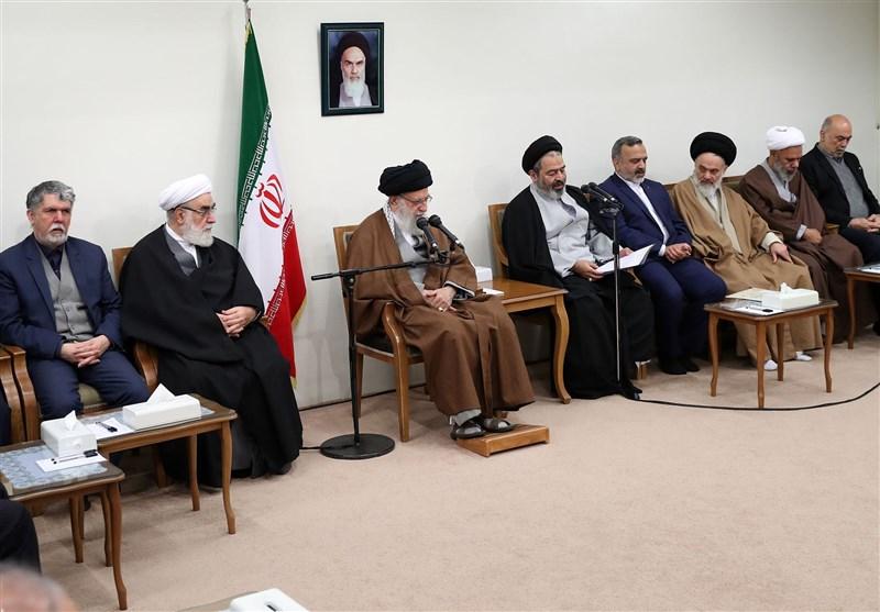 امام خامنهای: باید از «حج» برای رساندن سخن نو جمهوری اسلامی به دنیا بهرهگیری کرد