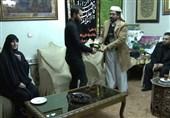 حضور سفیر یمن در تهران در منزل شهید سلیمانی