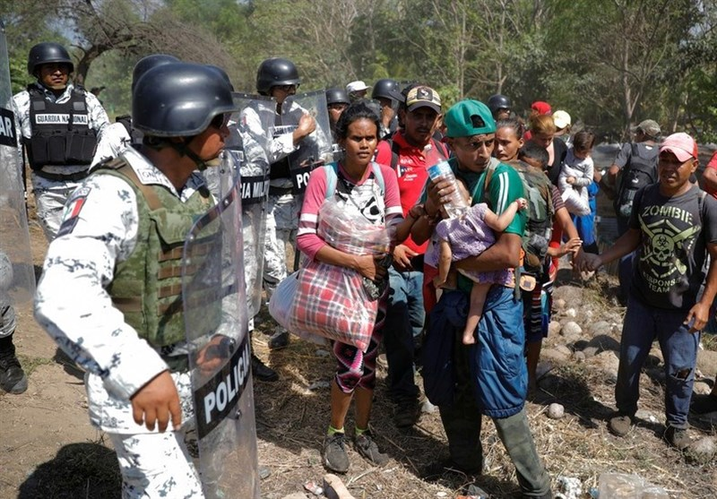 US Delays Court Hearings for Asylum-Seekers in Mexico