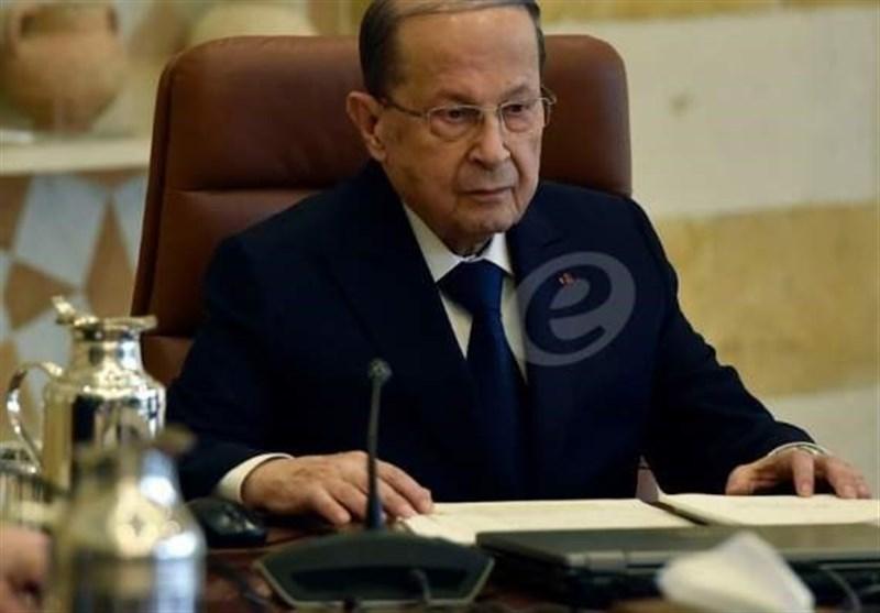 لبنان  درخواست عون برای برگزاری دو جلسه دولت/ خیابانهای بیروت آرام گرفت