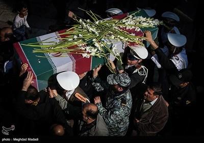 تشییع شهید گمنام غواص در ستاد نداجا