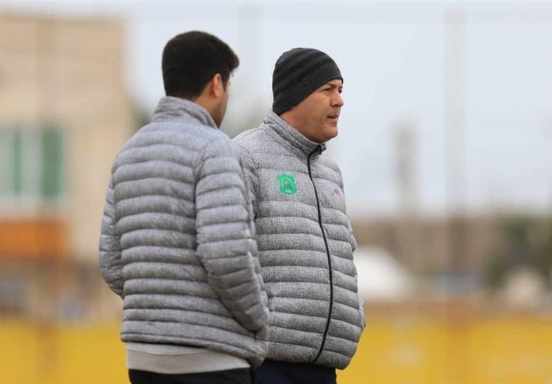 رئیس هیئت مدیره باشگاه صنعت نفت: قطعاً از اسکوچیچ به فیفا شکایت میکنیم/ با او طرف حساب هستیم نه فدراسیون فوتبال