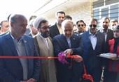 وزیر ورزش و جوانان در کازرون: پروژههای نیمهتمام ورزشی تا سال 1400 افتتاح میشود