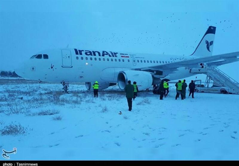 هواپیمای ایرانایر در فرودگاه کرمانشاه از باند خارج شد