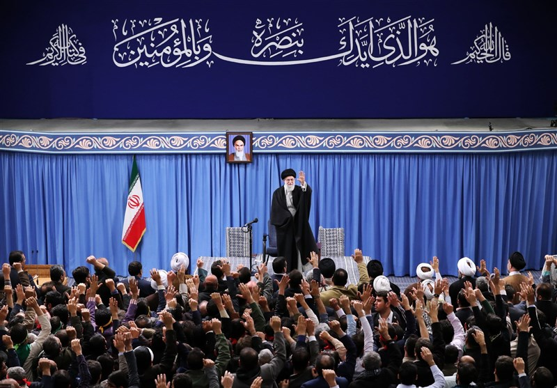 فراخوان دفتر رهبر انقلاب برای جمعآوری نظرات دانشجویان/ چه نکتهای را در دیدار با امام خامنهای مطرح میکردید؟