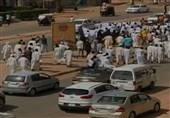 السودان.. خروج مظاهرات غاضبة رفضاً للقاء البرهان مع نتنیاهو