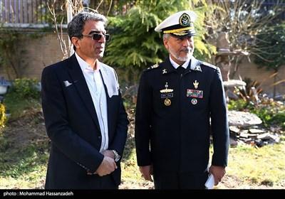 امیر دریادار سیاری معاون هماهنگکننده ارتش و وحید احمدی مشاور وزیر علوم و رئیس مرکز تحقیقات سیاست علمی کشور