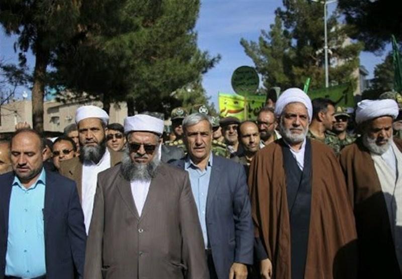 امام جمعه اهل سنت بیرجند: مردم با وجود هر مشکلی انقلاب را رها نمیکنند