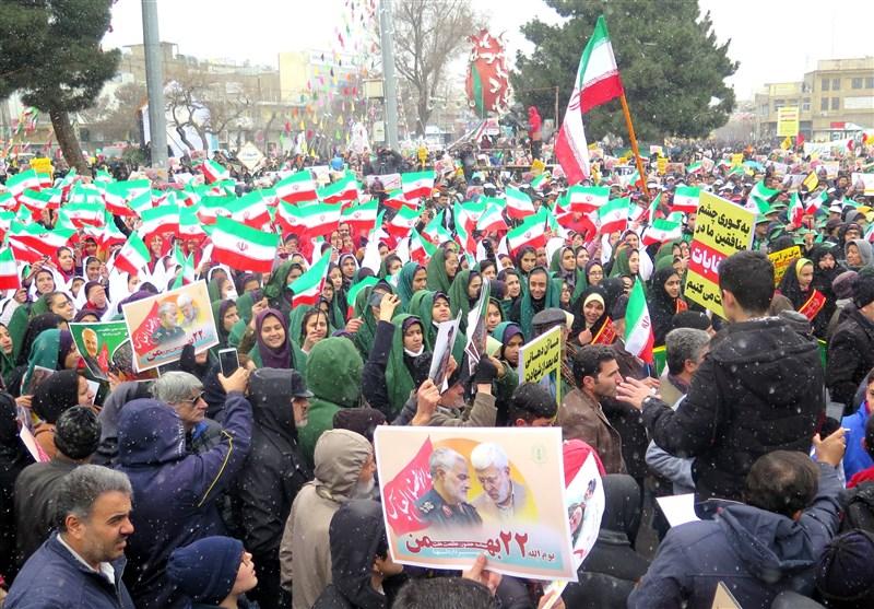 جلوهای تماشایی از  یومالله 22 بهمن در ایران اسلامی / حماسه عزت و اقتدار ایرانیان در جشن چهل و یک سالگی انقلاب + تصاویر و فیلم