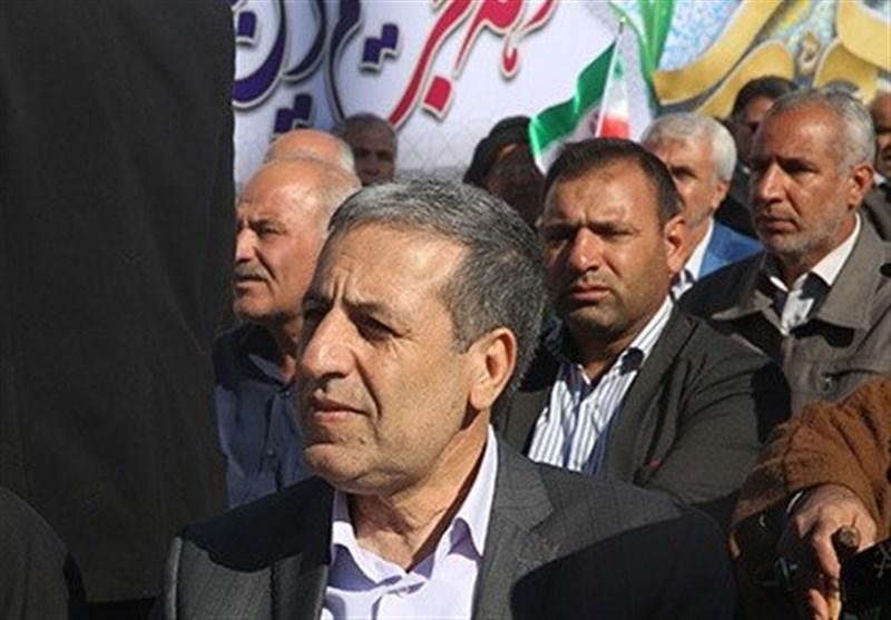استاندار بوشهر: ملت ایران با تحمل سختیها در مقابل دشمنان کوتاه نمیآید