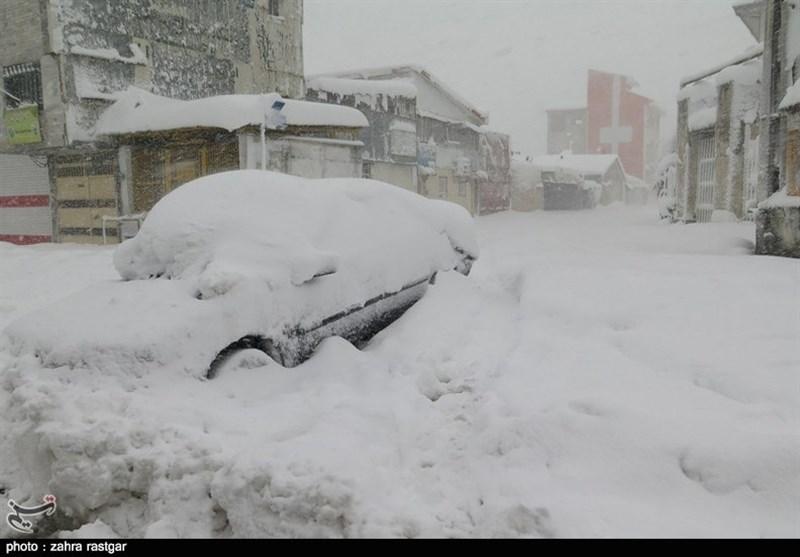 Avalanche, Heavy Snow in Northern Iran Kill 5, Injure 78