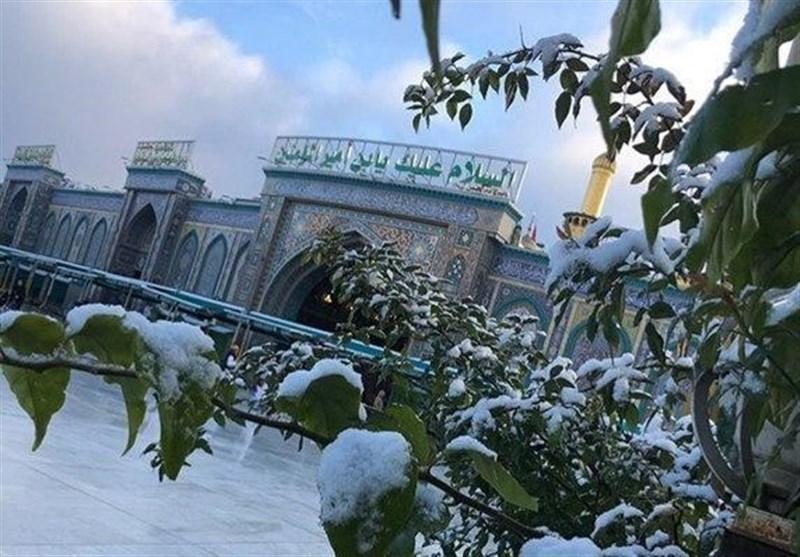 عراق؛ کربلاے معلی سمیت مختلف شہروں میں کئی عشروں کے بعد برف باری+ تصاویر