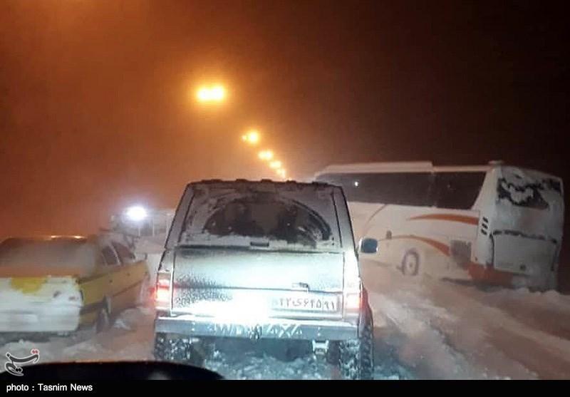 راههای روستایی مسدود شهرستان خلخال تا پایان امروز بازگشایی میشود