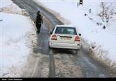 برف و باران جادههای 9 استان را فرا گرفت