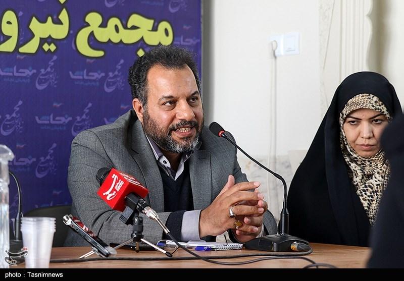 منتخب مردم اصفهان در مجلس یازدهم: مردم را به جای «در خانه ماندن» به «درخانه بودن» ترغیب کنیم؛ مشاغل خانگی در بحران کرونا تقویت شوند