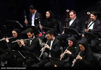 """نوازندگان ارکسترهای بنیاد رودکی در پویش """"در خانه بمانیم"""""""