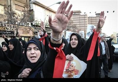 حضور زنان در عرصه های اجتماعی و سیاسی - تجمع و راهپیمایی مردمی در محکومیت اقدام سفیر انگلیس
