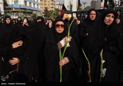 حضور زنان در عرصه های فرهنگی - عزاداری شهادت حضرت فاطمه (س) در میدان فاطمی