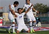 لیگ برتر فوتبال  پیروزی یک نیمهای شاهین شهرداری مقابل ماشینسازی