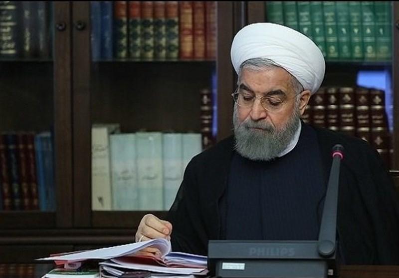 روحانی خطاب به وزیر بهداشت: تمامی فعالیتهای اقتصادی از 20 فروردین باید با پروتکل آغاز شود + سند