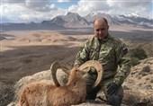 ژست جدید شکارچیان خارجی با حیوانات شکار شده در ایران + تصاویر