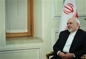 پیام ظریف در آستانه انتخابات؛ روز جمعه نمایی تمامقد از پرچمی است که سالهاست بر خاک نیفتاده