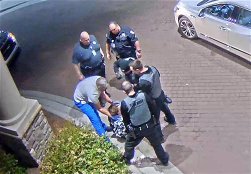 Footage Shows NC Police Violently Handling Mentally Ill Teenager (+Video)