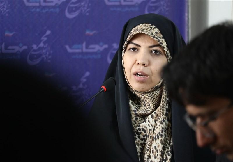 نشست خبری تسنیم|کاندیدای شورای ائتلاف در اصفهان: تغییر طرح تحول طرح سلامت را برای کاهش هزینههای مردم پیگیری میکنم