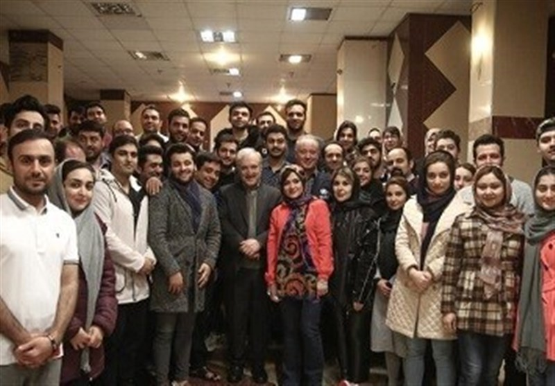 Iranian Students Returning from China Discharged from Quarantine: Minister