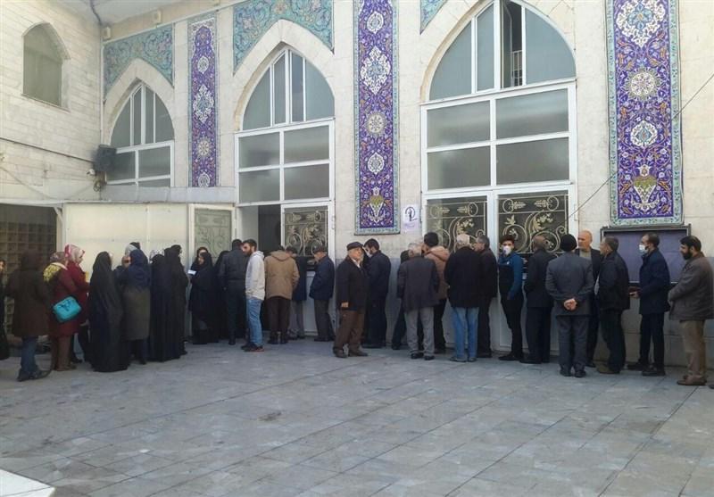 آخرین اخبار از انتخابات استان تهران| حدود 500 هزار نفر تا ساعت 11:15 رأی دادند/ حضور گسترده پایتختنشینان پای صندوقهای رای+ تصاویر