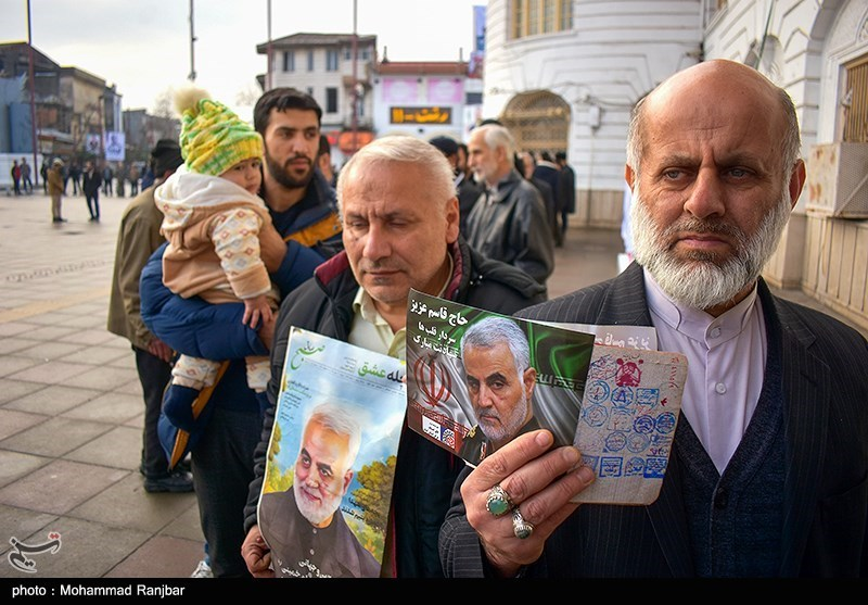 men voting in Gilan