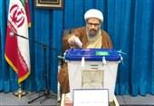 انتخابات ایران| نماینده ولی فقیه در کاشان رأی خود را به صندوق انداخت